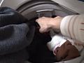 洗濯機の中は汚れ下着の宝庫